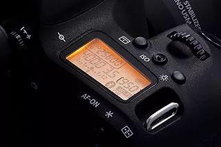 最佳性价比入门单反 点评佳能 EOS 77D