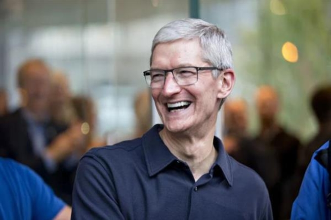 iPhone X上市令库克暴富 苹果再创历史