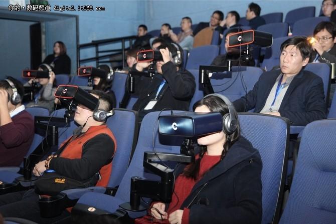 Cinera头戴影院体验会重定私人影院体验