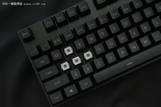 现在买这些游戏键盘依然超值