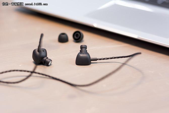 高端彰显精英气质 魔法师音乐耳机评测