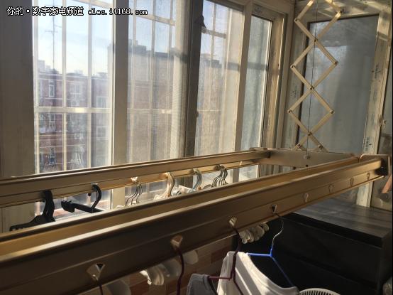 宜居改造从阳台开始昱美智能晾衣机YM60
