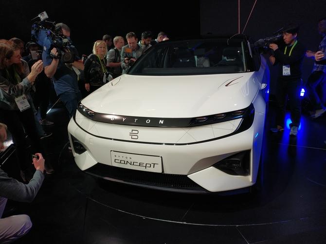 拜腾发电动SUV Concept 自动驾驶+车载巨屏