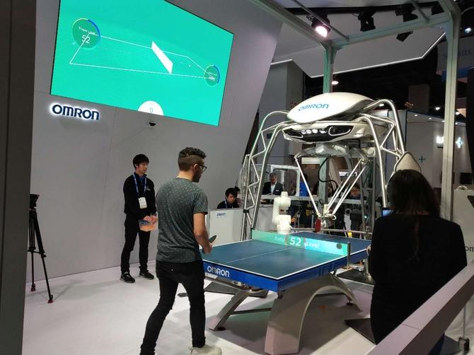 欧姆龙机器人:国球陪练无敌了