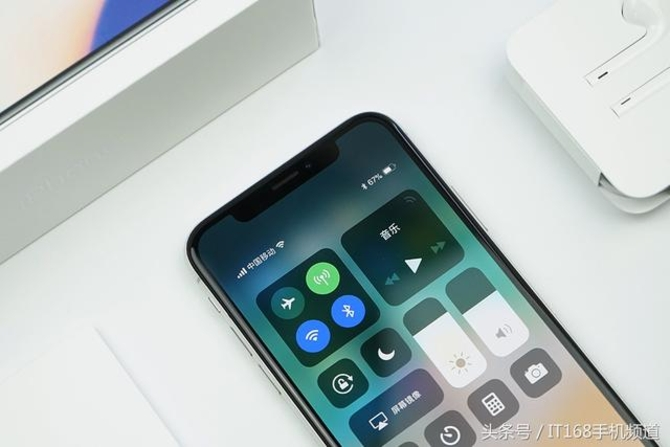 苹果关闭刷机降级通道 iOS 12也恐遭推迟