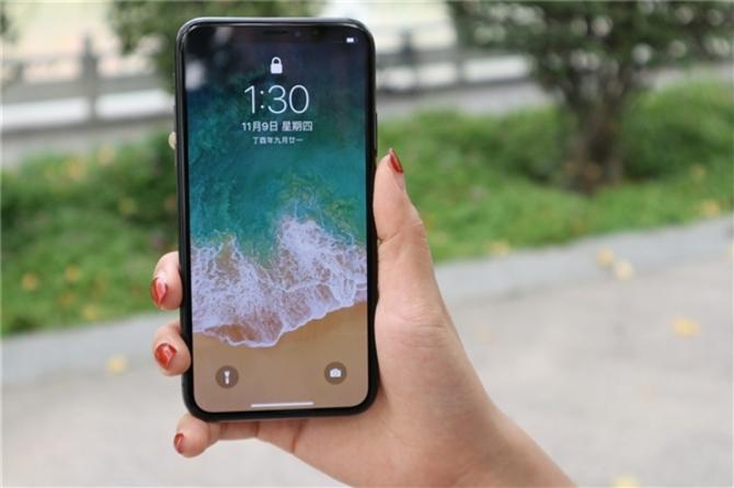 iPhone X金色款曝光:外形拉风