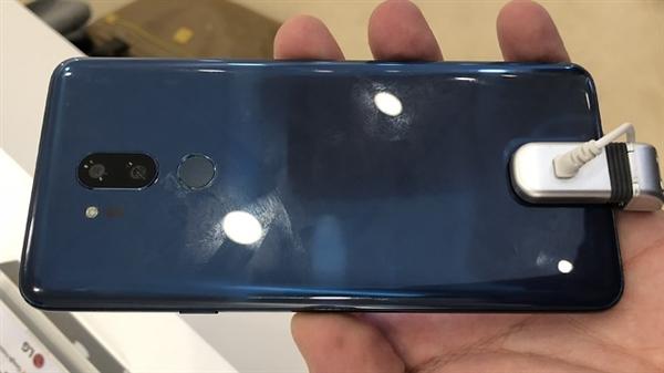 LG G7 Neo 真机偷跑:骁龙845+刘海屏!