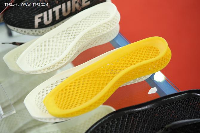先临三维亮相2018TCT 展示3D打印多项新成果