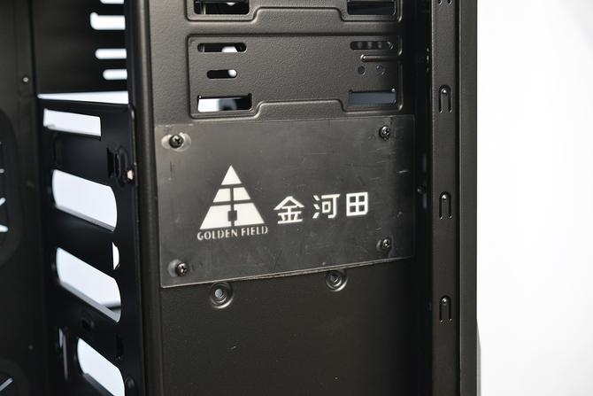 全塔4卡交火吃鸡 金河田峥嵘Z10机箱评测