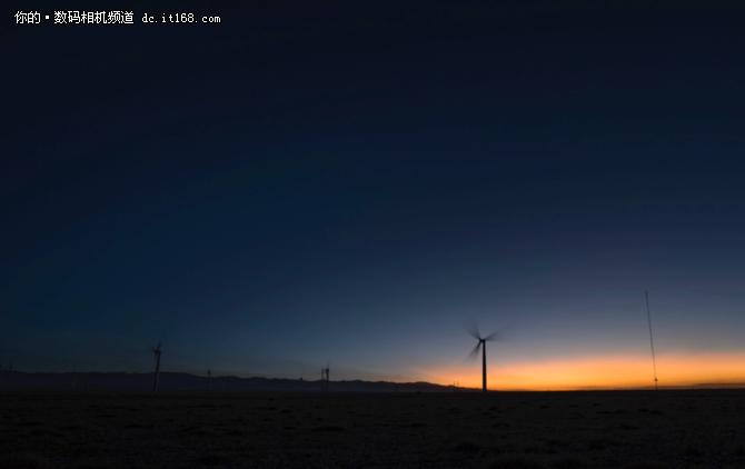 索尼G大师镜头SEL1635GM 一镜穿越时空