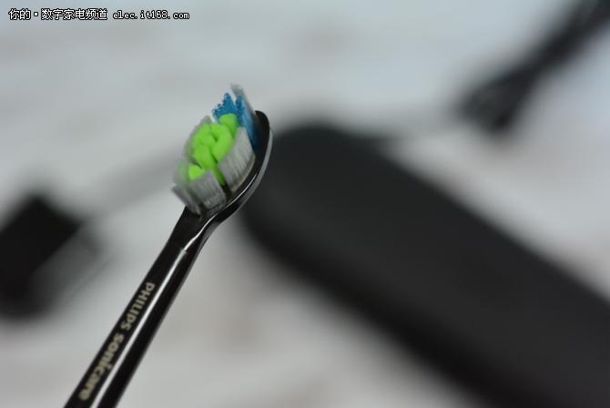 飞利浦新款电动牙刷 呵护您的牙齿