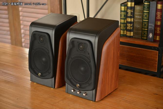 客厅桌面两相宜 这些2.0音箱秒变家庭影院