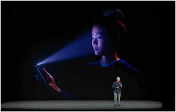 苹果:面容ID故障后需先更换后置摄像头