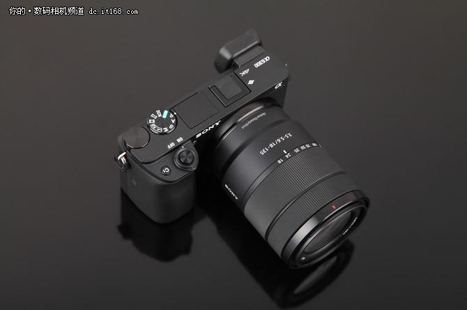 紧凑不失质感 索尼A6300M套机外观点评