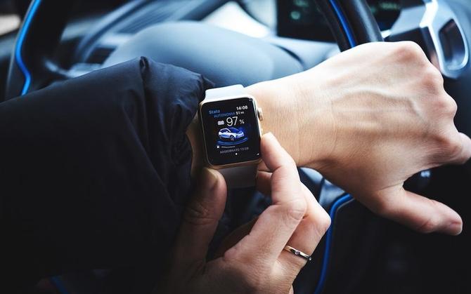 新Apple Watch大革新:采用不可按压侧边按键