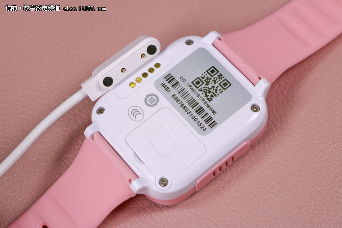 定位+美颜自拍 TOPPDINO儿童智能手表W1体验