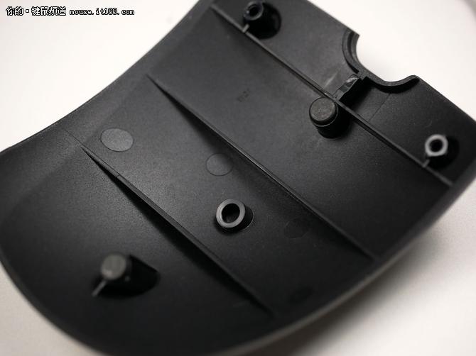 游戏外设的搞局者 小米游戏鼠标拆解评测