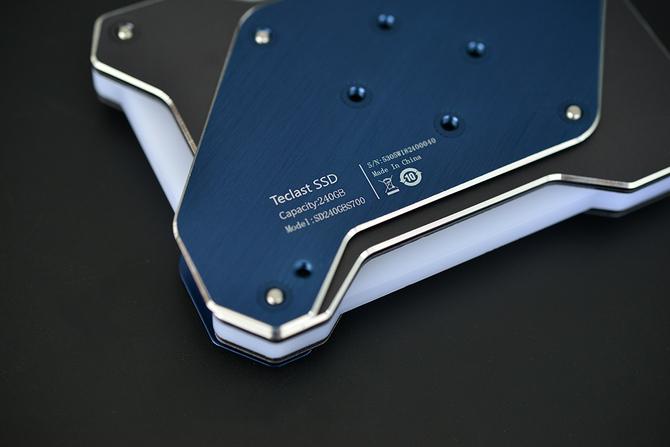 台电锋芒S700 SSD评测:外观解析