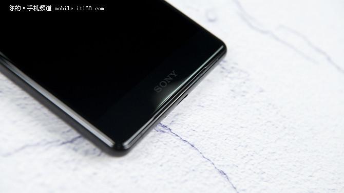 索尼Xperia XZ2 Premium评测