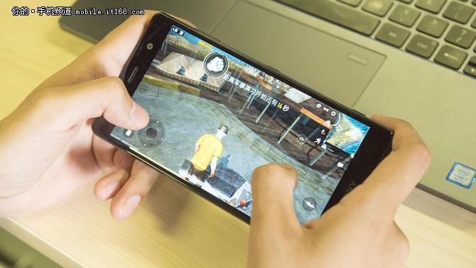 索尼Xperia XZ2 Premium澳门金沙在线娱乐