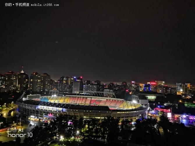 潮美之夜 荣耀10GT AIS手持超级夜景体验