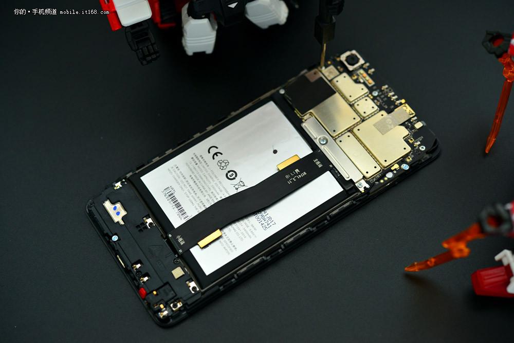 魅族 魅蓝e2 4gb 64gb 全网通公开版 曜石黑 移动联通电信4g手机 双卡