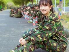 盘点近些年大学生军训中的那些高颜值美女