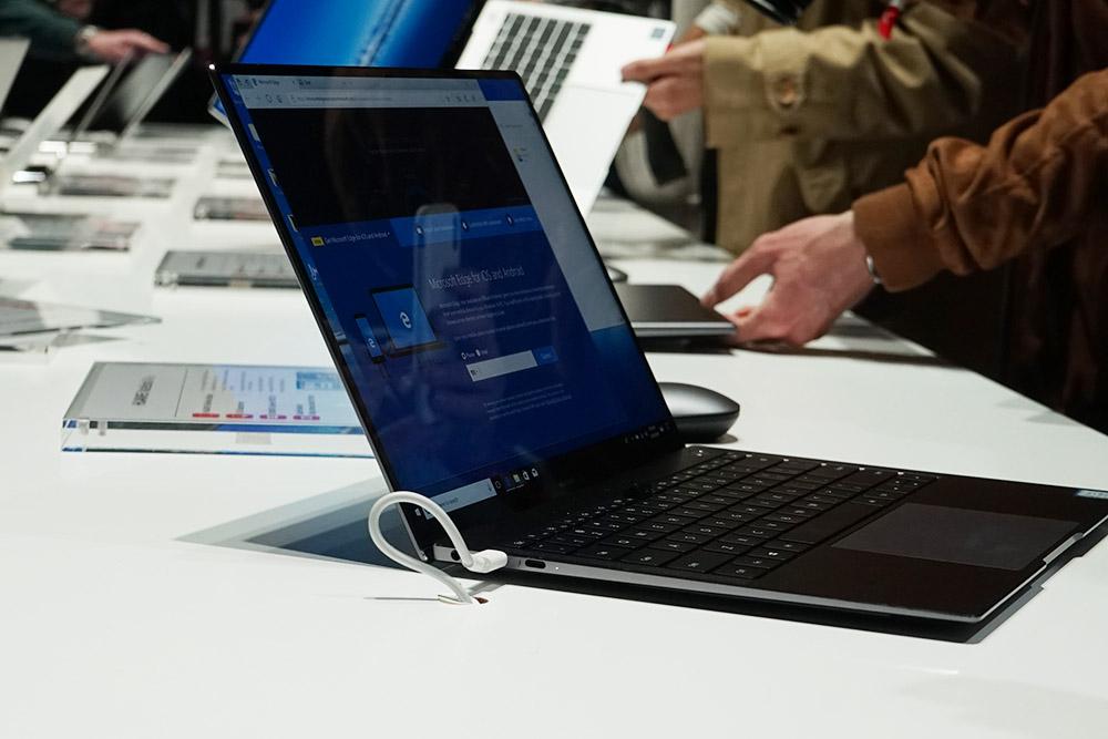 华为Matebook X Pro全面屏笔记本展会图赏
