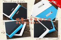 相差一千有何不同 诺基亚N9白/蓝色对比