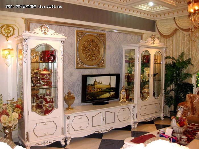 说到电视柜,大家客厅都有,它不仅是用来放电视机的,也是一件家具。选电视柜也有讲究,这得根据自己客厅的装修风格或者自己的审美观去进行选择。为了给大家提供一些参考,今天笔者收集了36款造型各异且精美的电视柜。接下来我们一起来看看吧。
