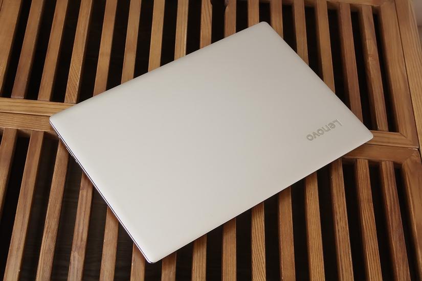 极窄边框 联想ideaPad 720S超极本开箱