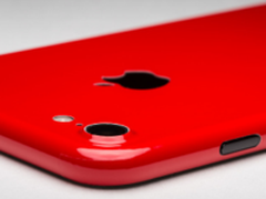 似曾相识的配色 iPhone7红色版3月发布