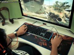 绝无仅有的CS:GO体验 狼蛛守望者RGB机械键盘
