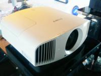 每个客厅的梦想,索尼发布高性价比4K投影机