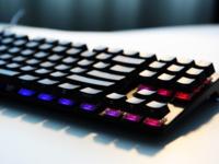 永无退烧 樱桃MX8.0黑侧刻RGB机械键盘试用