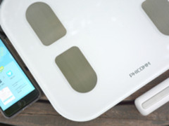 体重管理要暖要精 斐讯S7智能体脂秤体验
