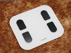 8电极测脂打造好身材 斐讯智能体脂秤S7评测