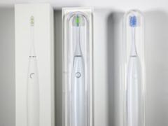 Oclean SE青春版智能牙刷对比399元旗舰版