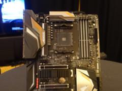 原生PCIe 3.0 技嘉X470 Gaming 7主板亮相