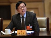 """杨元庆两会飙新词倡""""行业智能""""引媒体热议"""