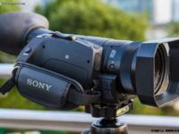 摄影新世界 索尼FDR-AX700 4K高清摄像机