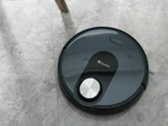 扫地机器人好用吗?双定位智能黑科技!